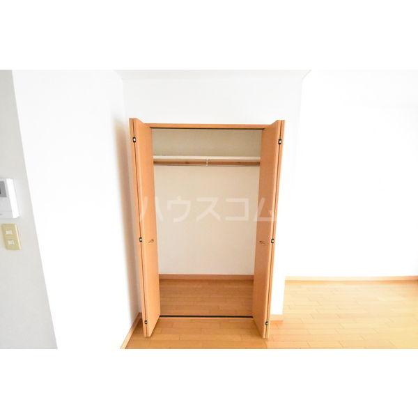 錦コート 303号室の収納