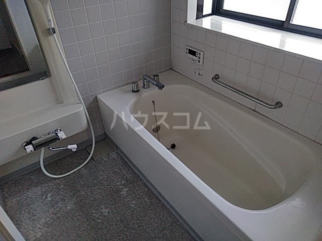 三番町貸家の風呂