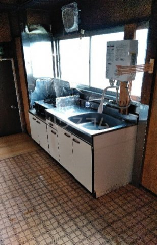 ビレッジ江曽島17号棟のキッチン