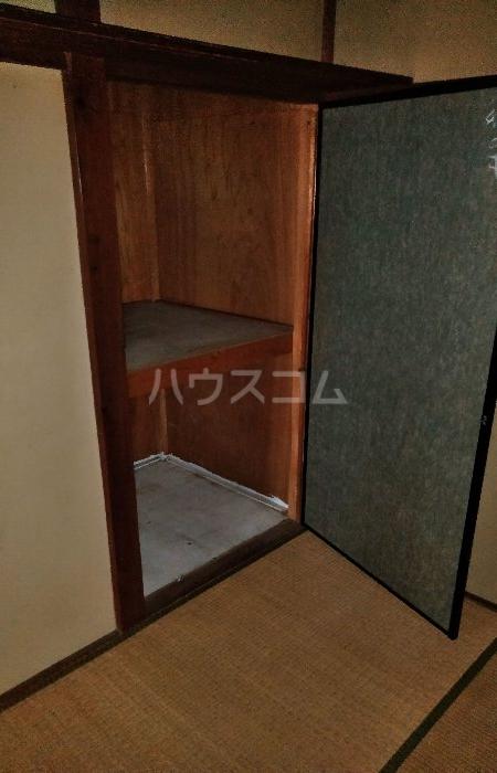 ビレッジ江曽島17号棟の収納