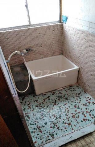 ビレッジ江曽島17号棟の風呂
