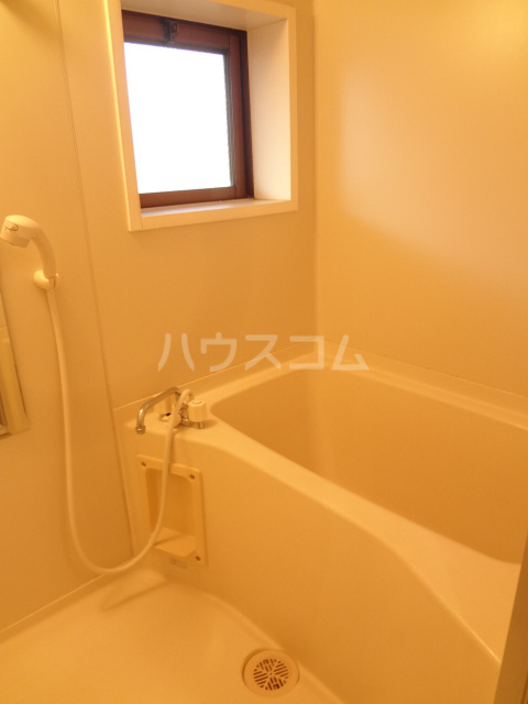 ベルジュ 203号室の風呂