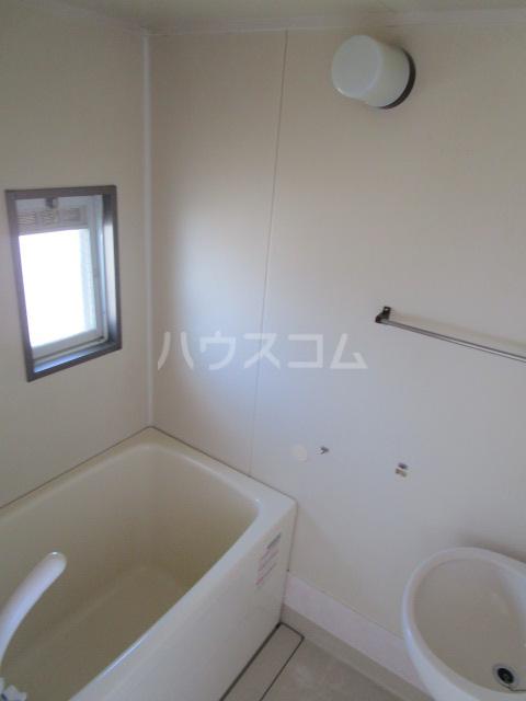 サンシティ梅郷 208号室の風呂