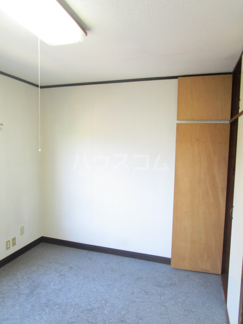ル・ドルトア大塚 205号室の居室
