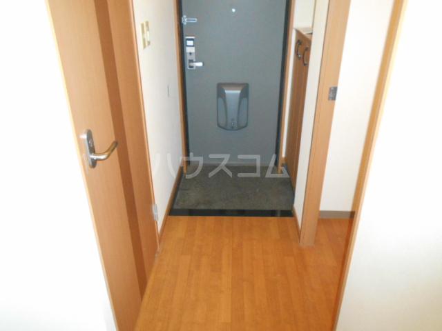レインボーⅠ 102号室の玄関