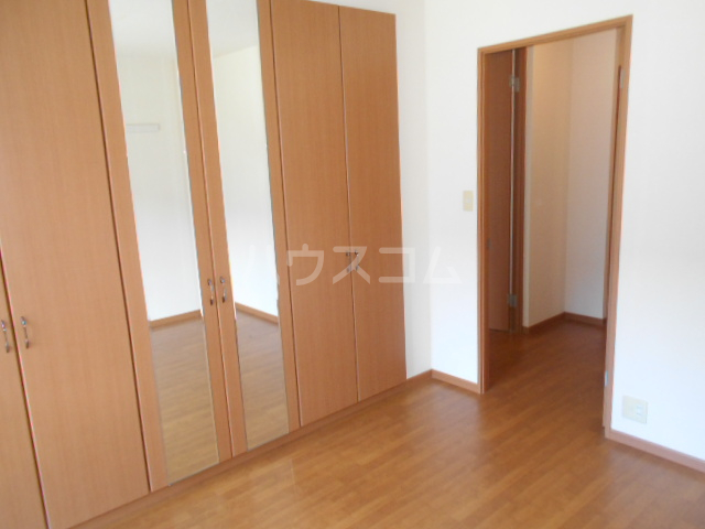 レインボーⅠ 102号室の居室