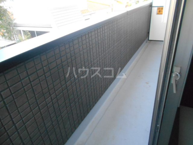 ベルウッド小田原 201号室のバルコニー