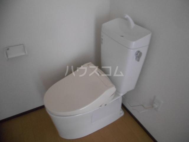 ベルウッド小田原 202号室のトイレ