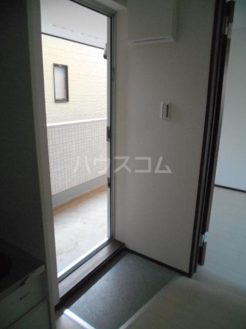 ベルウッド小田原 202号室の玄関