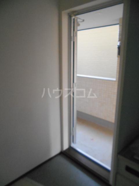 ベルウッド小田原 301号室の玄関