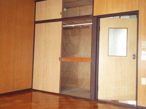 小狩荘 105号室の収納