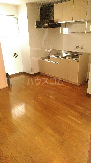 イカリハイツ 302号室のキッチン