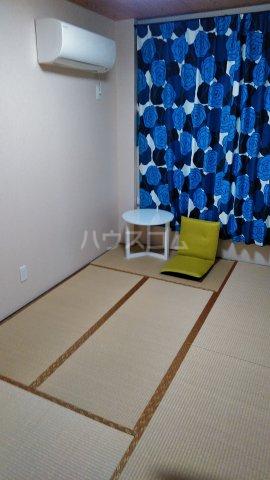 大場ビル 201号室のベッドルーム