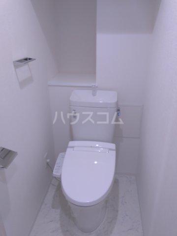 ディアレイシャス鶯谷 503号室のトイレ