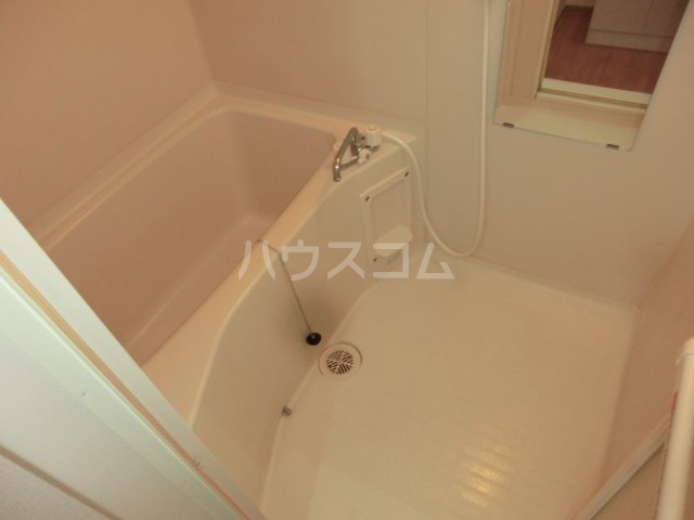 グリーンオーク 101号室の風呂