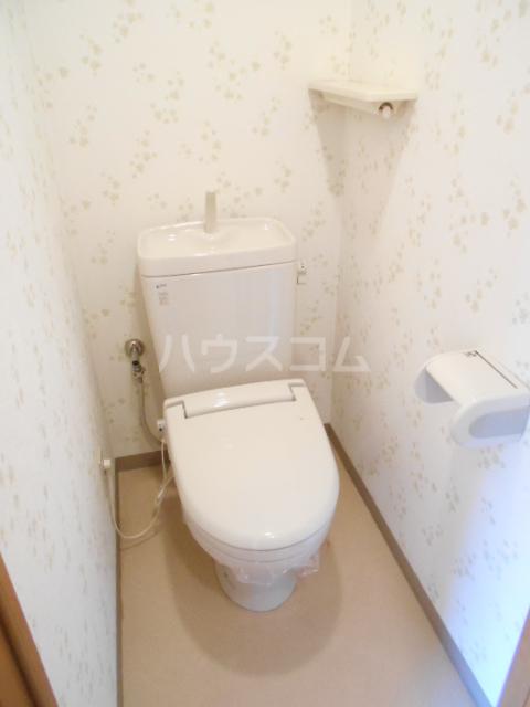 パレス・ユートピア 01020号室のトイレ