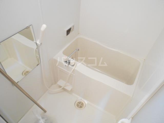 パレス・ユートピア 01020号室の風呂