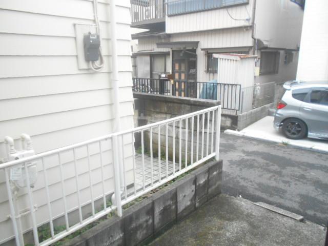 ロイヤルハイツ三浜 101号室のバルコニー