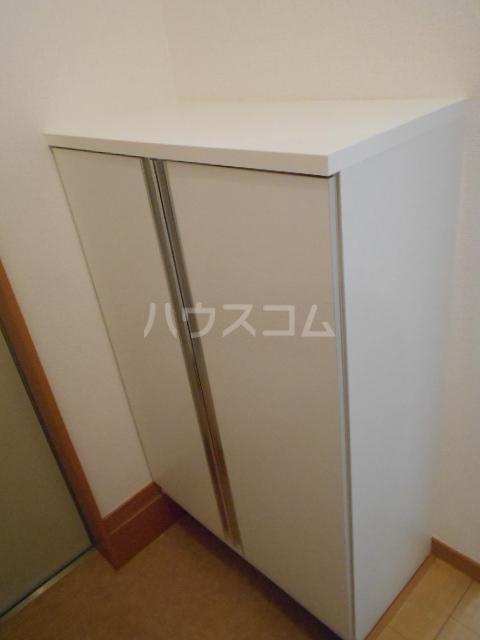 アルペンローゼ 101号室の玄関