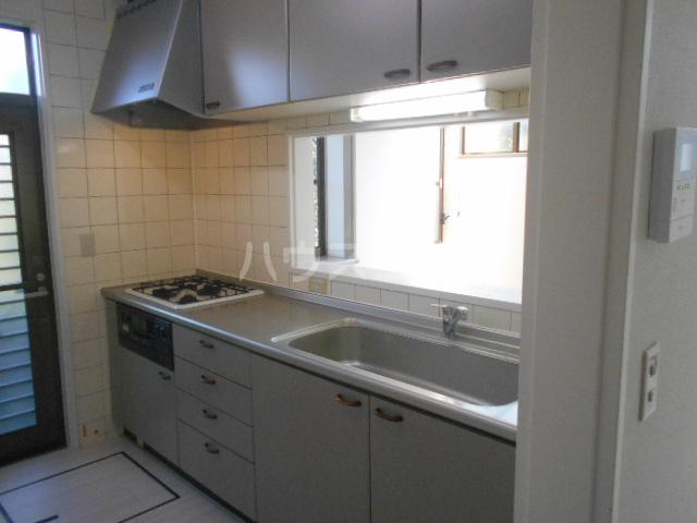 龍村貸家のキッチン