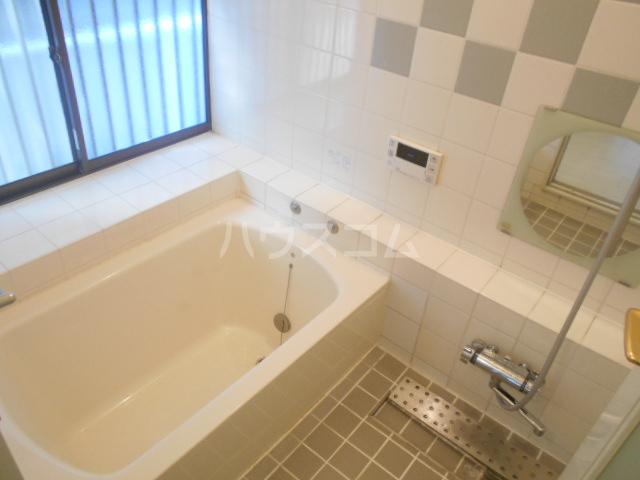 龍村貸家の風呂