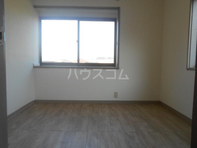 龍村貸家の居室