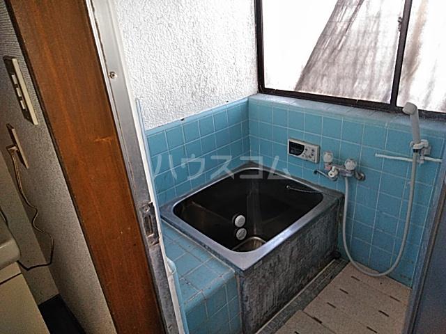 リバーサイドイン堂山B 101号室の風呂