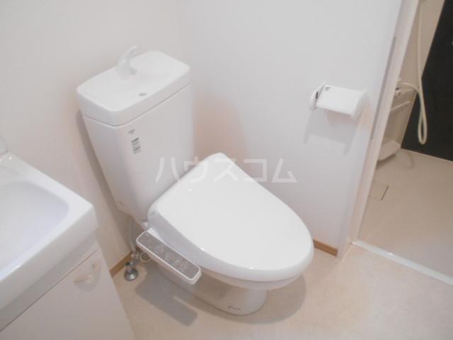 ウエストハイム備後西 101号室のトイレ