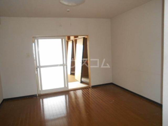 ランドフォレスト春日部Ⅱ 106号室のベッドルーム
