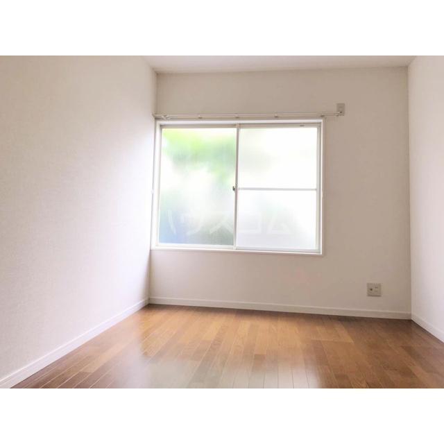 アズーリ白金 104号室の居室
