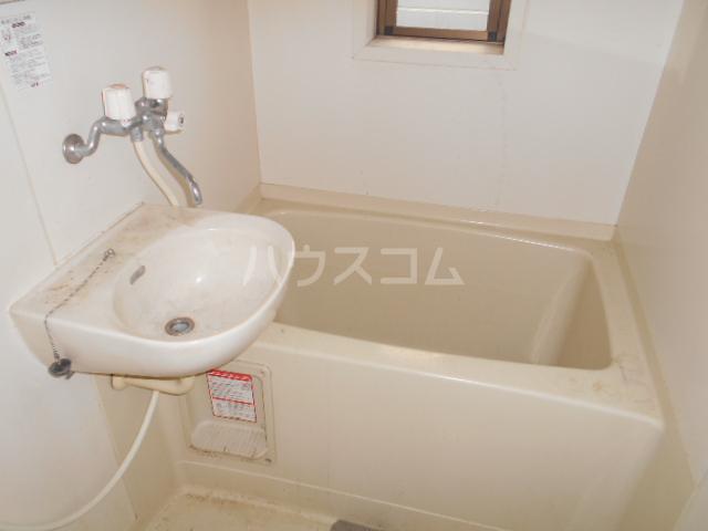 ハイツタナカⅡ 202号室の風呂