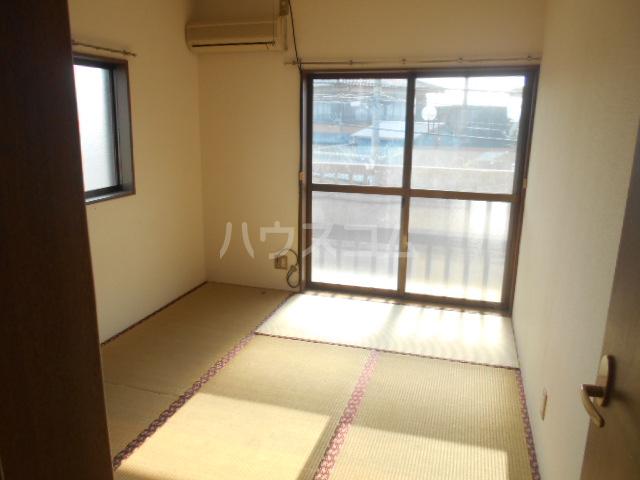 ハイツタナカⅡ 202号室の居室