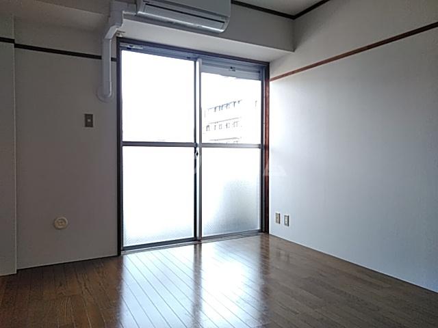 アイビー鷺沼 303号室の居室