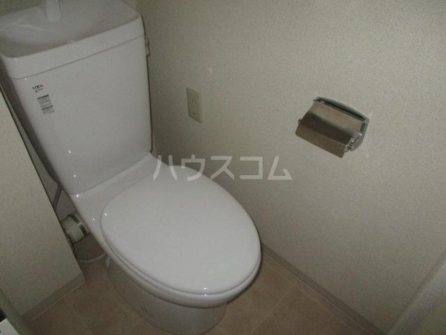 フルール三神 三番館 406号室のトイレ