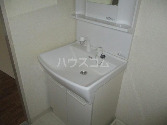 フルール三神 三番館 406号室の洗面所