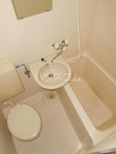 庄屋館 403号室の風呂
