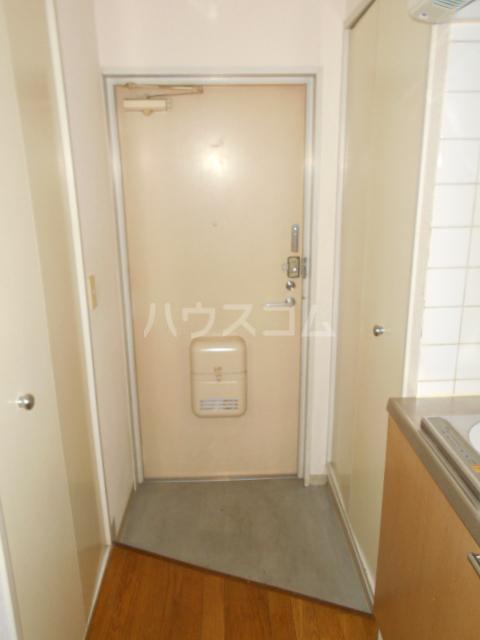 庄屋館 403号室の玄関