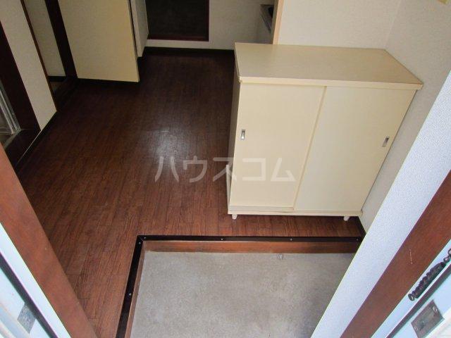 カサフローラ津田沼 104号室の玄関