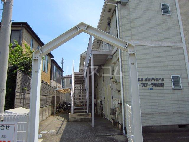 カサフローラ津田沼 104号室のエントランス