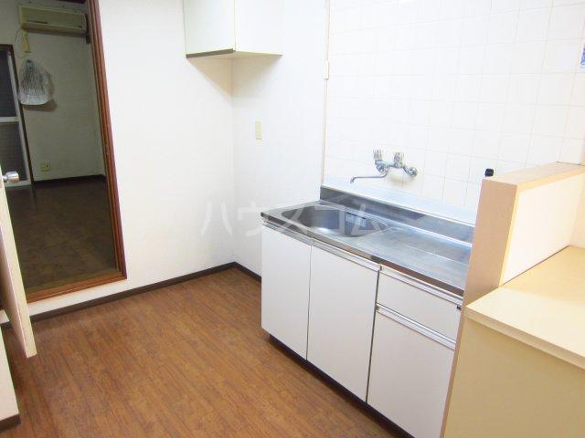 カサフローラ津田沼 104号室のキッチン