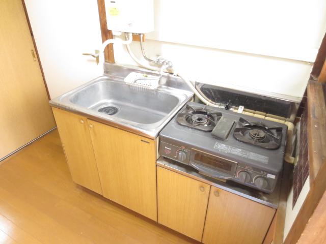 末広荘 201号室のキッチン