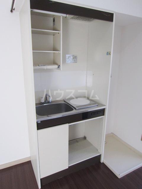 ハイツ田喜野井 106号室のキッチン
