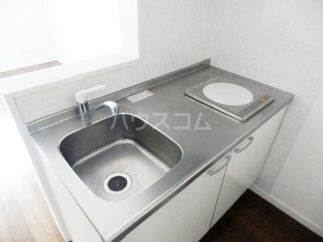 サラビアンカ東習志野 201号室のキッチン