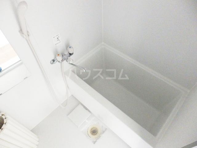 サラビアンカ東習志野 201号室の風呂