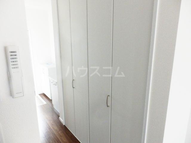 サラビアンカ東習志野 201号室の収納