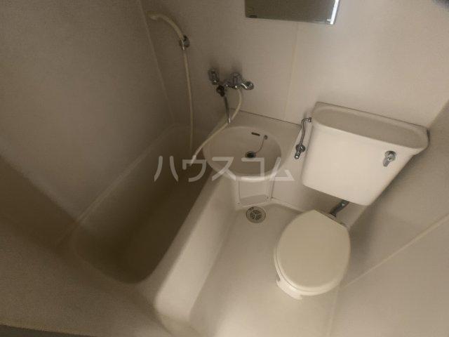 オークヒル大久保 101号室の風呂