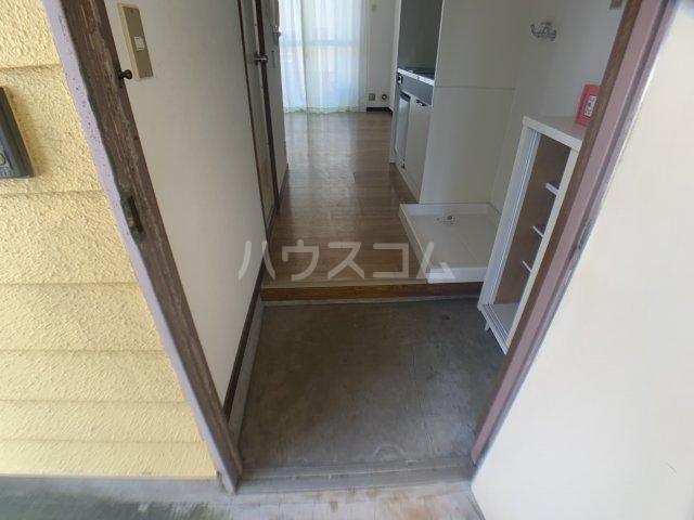 オークヒル大久保 101号室の玄関