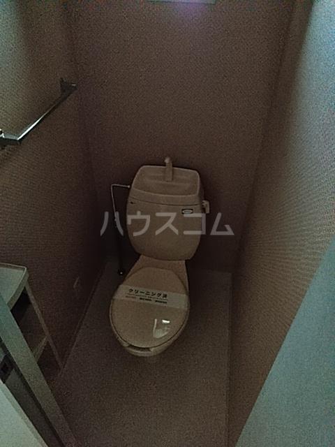 サンモール薬円台 106号室のトイレ