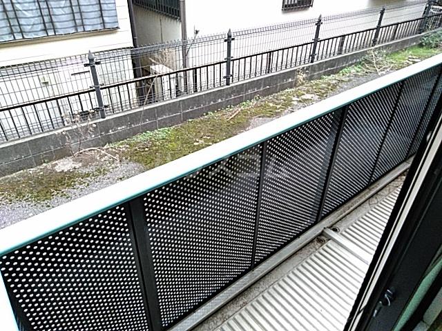 サンモール薬円台 106号室のバルコニー