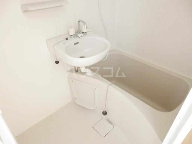 ミルプラージュ 201号室の風呂